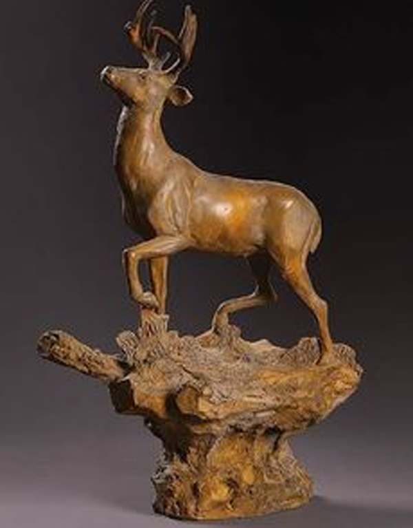 Elk-Sculpture