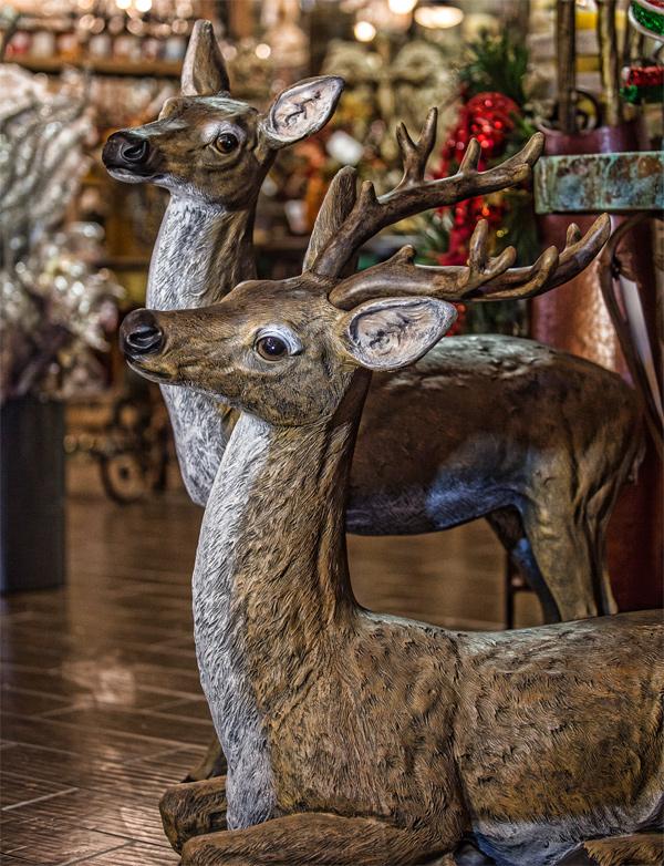 Deer-Sculpture-Halll-Lighting-and-Design
