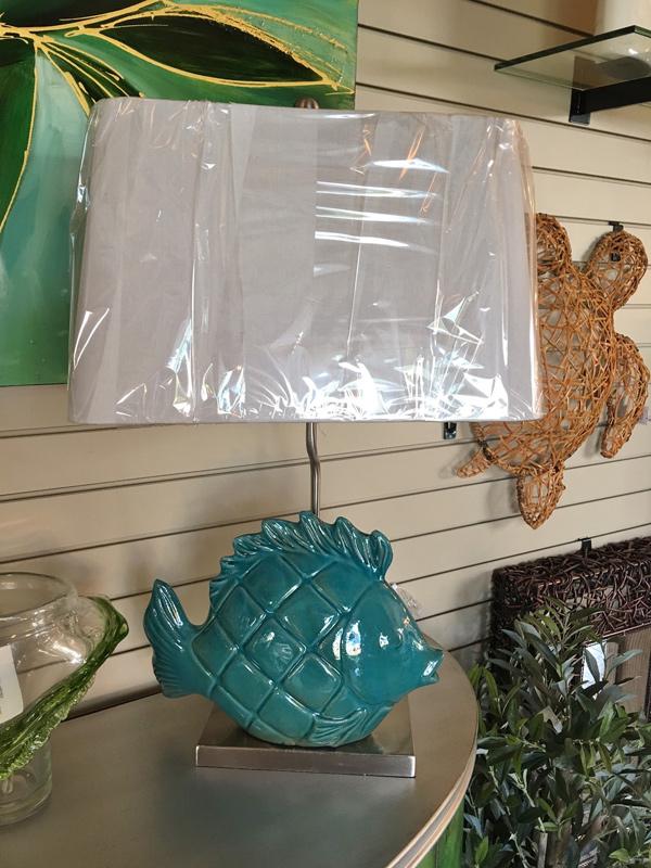 Hall-Lighting-&-Design---Fish-Table-Lamp