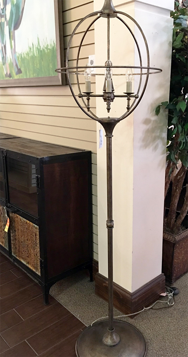 Hall-Lighting-&-Design---Oval-Floor-Lamp